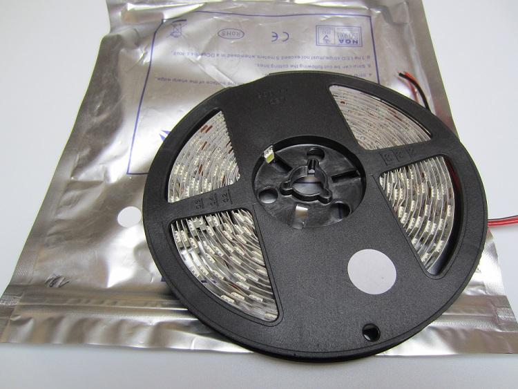LED juosta 5050 SMD balta 14,4W