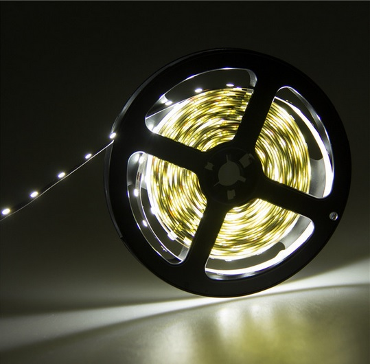 LED juista 5630 SMD balta 12Wm