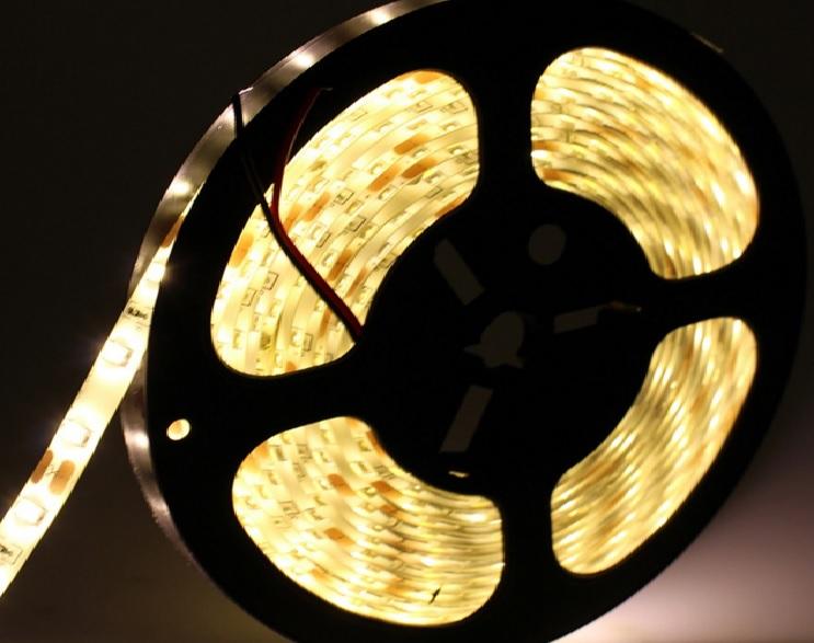 LED juosta 5630 WW IP65