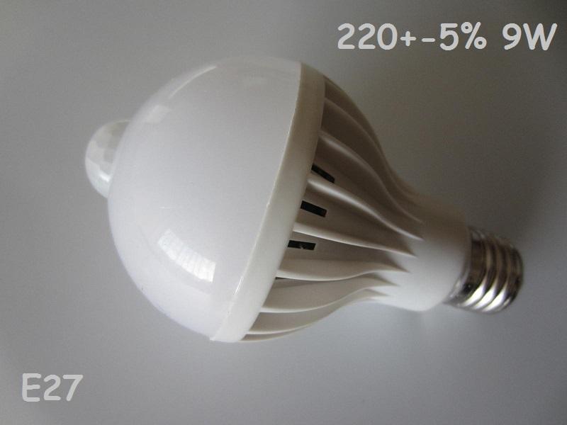 LED lempute su judesio jutikliu 220V 9W