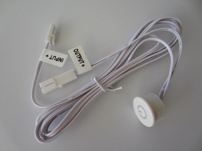 Lieciamas jungiklis LED juostai 12 - 24V 3A