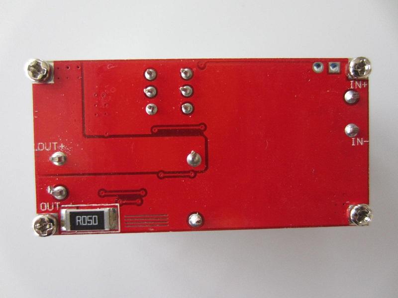 5A itampos sroves stabilizatorius, akumuliatoriu įkvoviklis su led