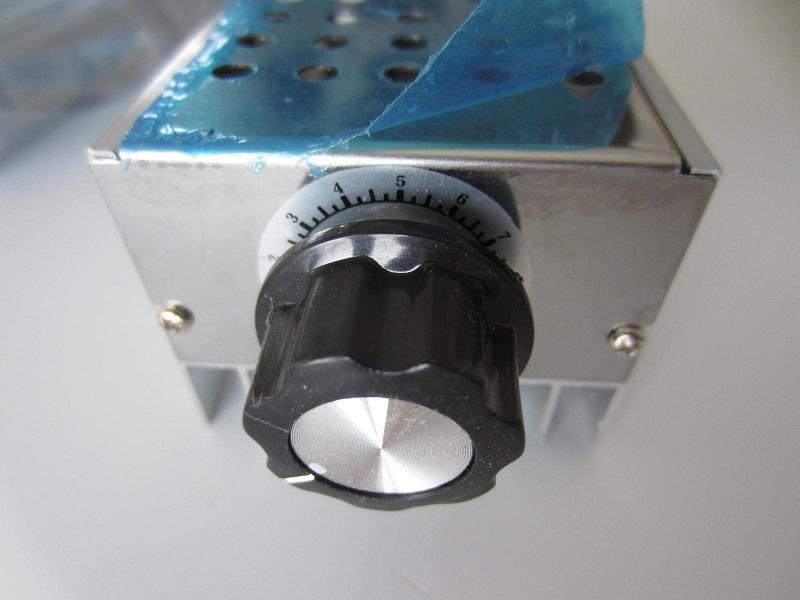 Itampos reguliatorius 220V 10000W